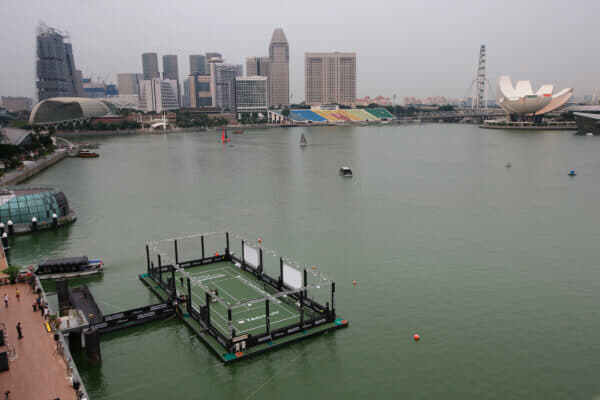 SINGAPORE - OCTOBER 22: A general view of the Singapore?s first ever floating tennis platform built by Tag Heuer ahead of the WTA Finals at Clifford Pier, Fullerton Bay Hotel on October 22, 2015 in Singapore. (Photo by Suhaimi Abdullah/Getty Images For TAG Heuer)