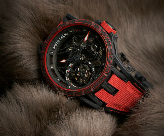 Roger Dubuis ventures where no other watchmaker has gone with the Excalibur Spider Carbon, introducing not only a case (and lugs) but also movement mainplate, bridges and tourbillon upper cage all in multi-layered carbon