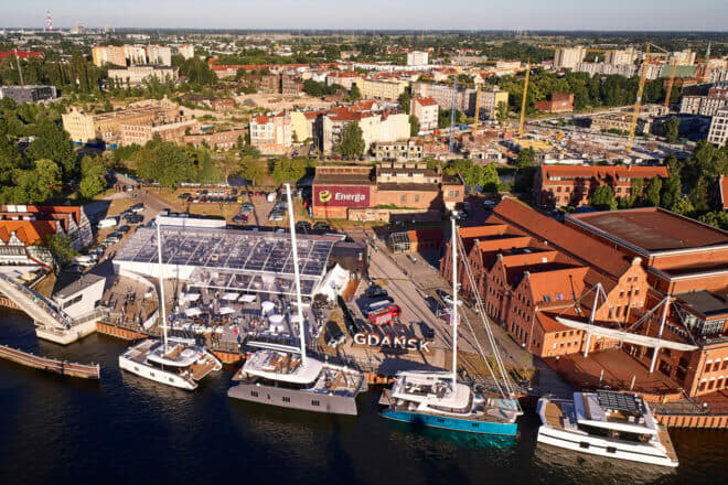 Polish yacht building, from local brands like Sunreef and Galeon to production facilities for foreign brands like Beneteau, Jeanneu and Sea Ray, is profiled in this issue