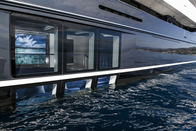 Elandess has a spectacular Neptune Lounge, offering views above and below the water