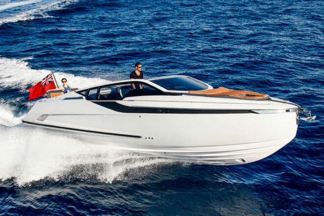 Fairline debuted its F//Line 33, its smallest model, as well as its flagship Squadron 68