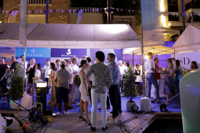 Simpson Marine hosts an evening party at the Thailand Yacht Show
