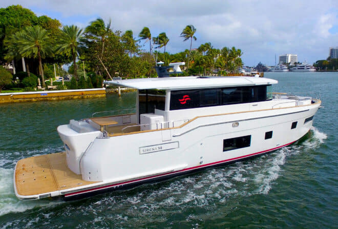 German Frers designed the hull and superstructure of the Sirena 58 Coupe