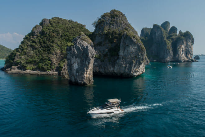 Simpson Marine: A Fairline Squadron 50 on the run after the Thailand Yacht Show