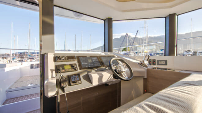 The 53 PC is the first Leopard powercat with an interior helm