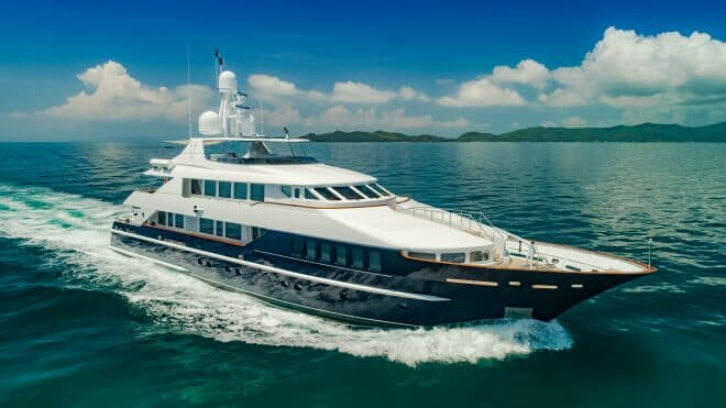 Lady Azul charter yacht in Yacht Style by Phil Clark/Helicam.asia, St (15)
