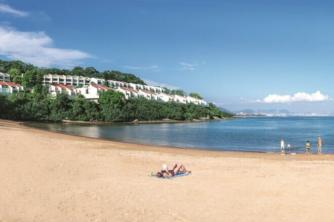 Overlooked by seaside residences, Tai Pak Beach is a short walk from the Discovery Bay ferry pier
