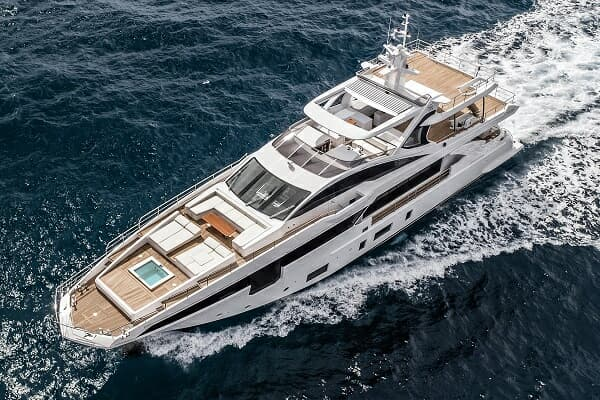 The first Azimut Grande 35 Metri in Asia is scheduled to arrive in Hong Kong in December