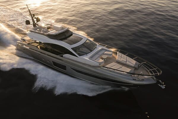 Hong Kong recently welcomed two deliveries of Azimut's new S8