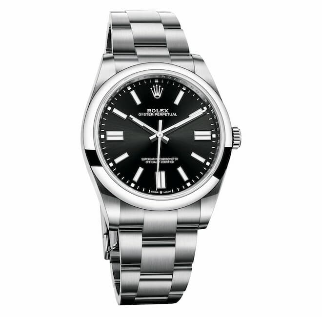 Rolex Oyster Perpetual 41 in Oystersteel, fitted with a bright black dial and an Oyster bracelet